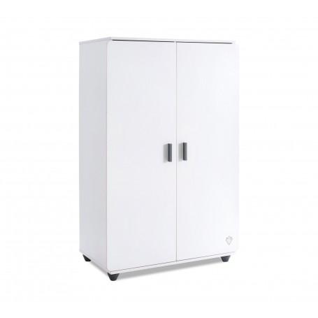 White garderob